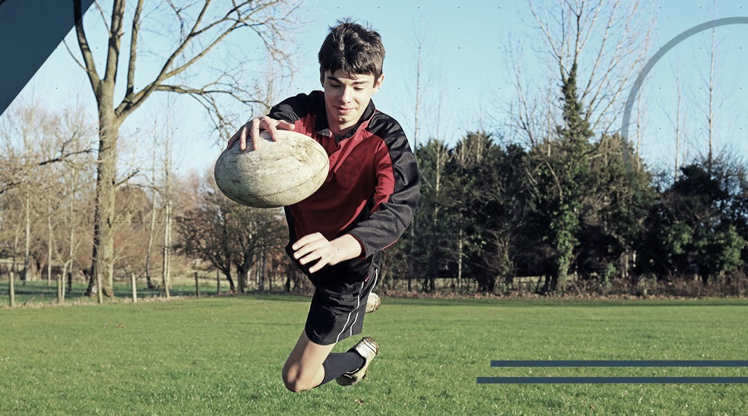 Rotational and peak torque stiffness of rugby shoes
