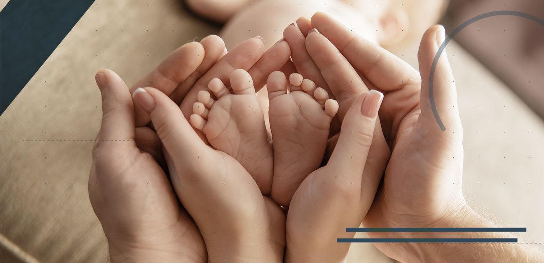 piede-e-caviglia-del-bambino-min