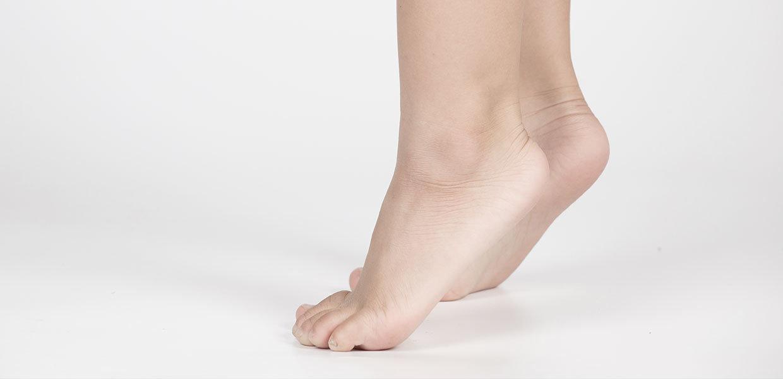 piede-del-bambino-vista-laterale-min