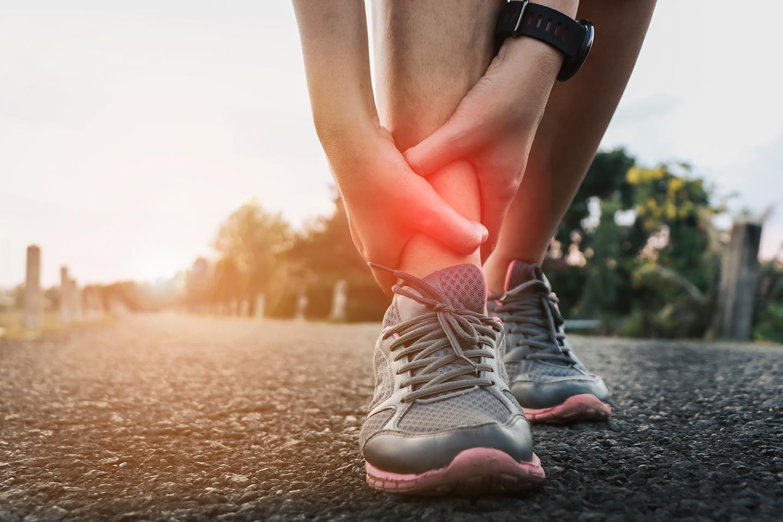 Dolore caviglia sport